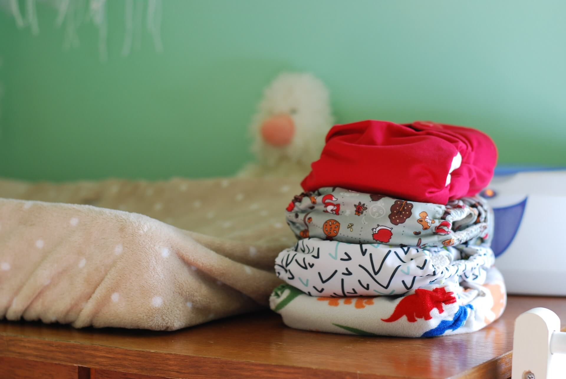 Your Crash Course Into Cloth Diapers: How To Do It And Why You Should